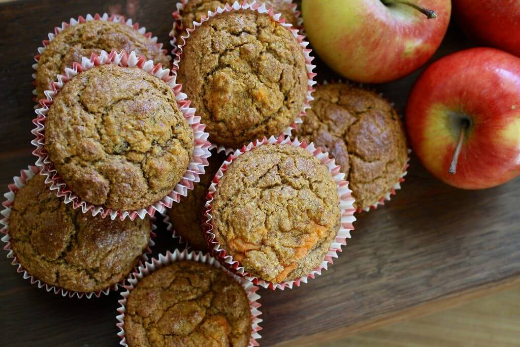 muffins and apples